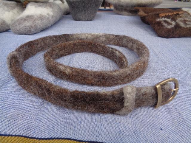 ceinture en laine rustique sans couture
