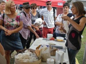 demonstration du fuseau à la foire d'arrens marsous
